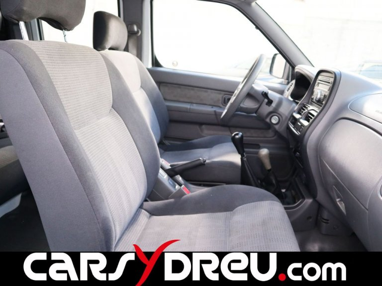Nissan Np300 Pick Up 4X4 Doble Cabina Comfort